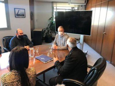 Baradero: autoridades se reunieron con el administrador de Infraestructuras Ferroviarias para proyectar la puesta en valor de la estación de trenes