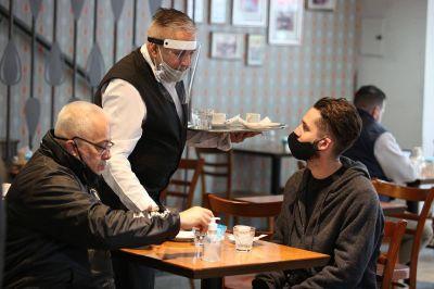 Suspenden la habilitación de shows en vivo en bares y restaurantes de Corrientes