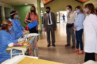 Salud y Educación lanzaron campaña de vacunación