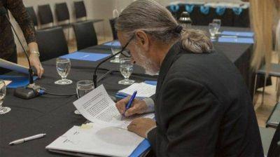 Basterra valoró el paquete de medidas lanzado para la reactivación económica