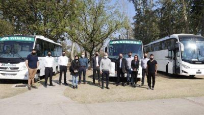 Carlos Paz: Avilés felicitó a las empresas y al gremio AOITA por el lanzamiento del transporte urbano