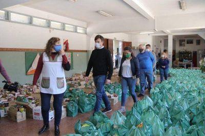 Morón | El Municipio entregó alimentos en la EP N°58 de El Palomar