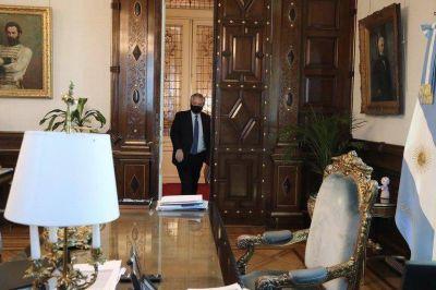 Las tres preocupaciones políticas que acechan a Alberto Fernández cuando se queda solo en la Casa Rosada