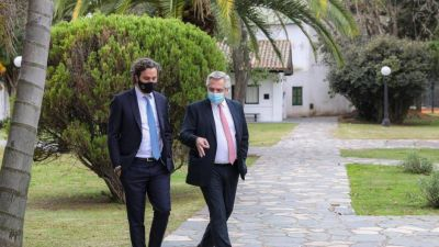 Alberto evita cambios de Gabinete, pero no descarta nuevos recortes de poder a ministros