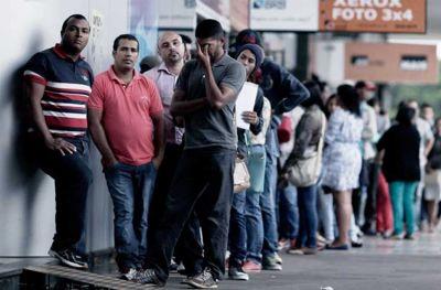 Desempleo récord: piden por el Consejo Económico y Banco Municipal para enfrentar la crisis