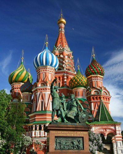 Iglesia católica en Rusia advierte contra propuesta de restricciones al clero