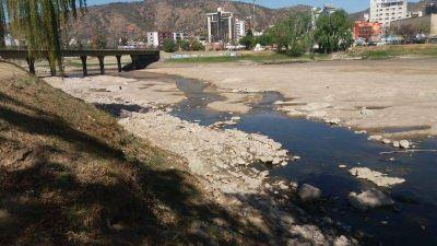 Carlos Paz: Si no llueve, en quince días comenzarán los cortes de agua
