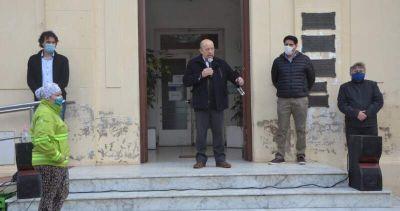 Jorge Paredi anunció viviendas para el personal de salud en Coronel Vidal y proyectó casas para la costa del distrito