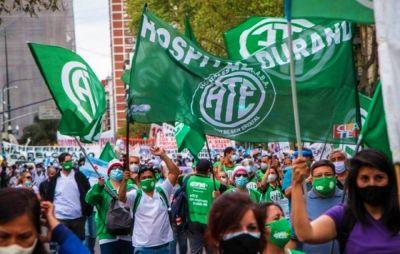 Primera huelga nacional y protesta callejera del sector público contra la gestión de Fernández