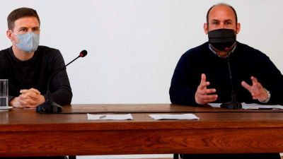 Sanzio junto a autoridades provinciales firmó acta de recepción del Fondo Especial Municipal para la Reactivación Cultural y Turística