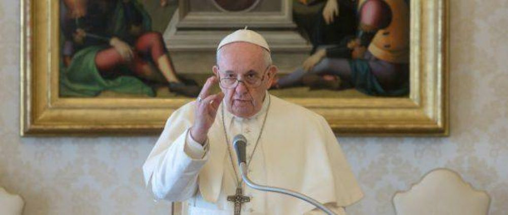 Catequesis del Papa: el ejemplo de Elías, hombre de fe cristalina