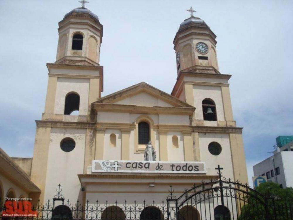 La Iglesia católica aclaró que no podrán hacer reuniones en todas las parroquias