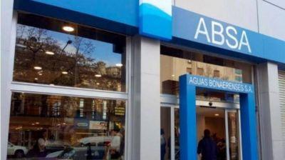 """Gastón Crespo: """"ABSA debe garantizar el agua potable a los vecinos mediante bidones"""""""