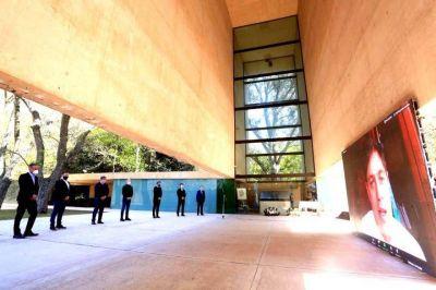 Kicillof homenajeó a Juan Domingo Perón por su 125° aniversario de nacimiento