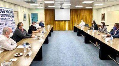 La CGT se reunió con el FMI y rechazó reformas laborales, reducción de jubilaciones y recorte de empleados públicos