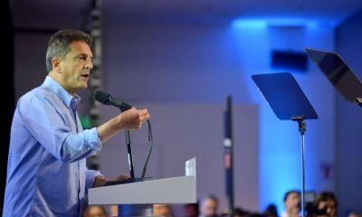 Lejos del PJ, Massa ofrece al Frente Renovador como imán para disidentes