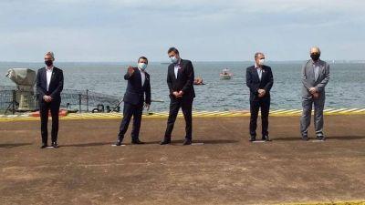Oscar Herrera Ahuad firmó un convenio para equipar el Puerto de Posadas junto a Sergio Massa y Mario Meoni