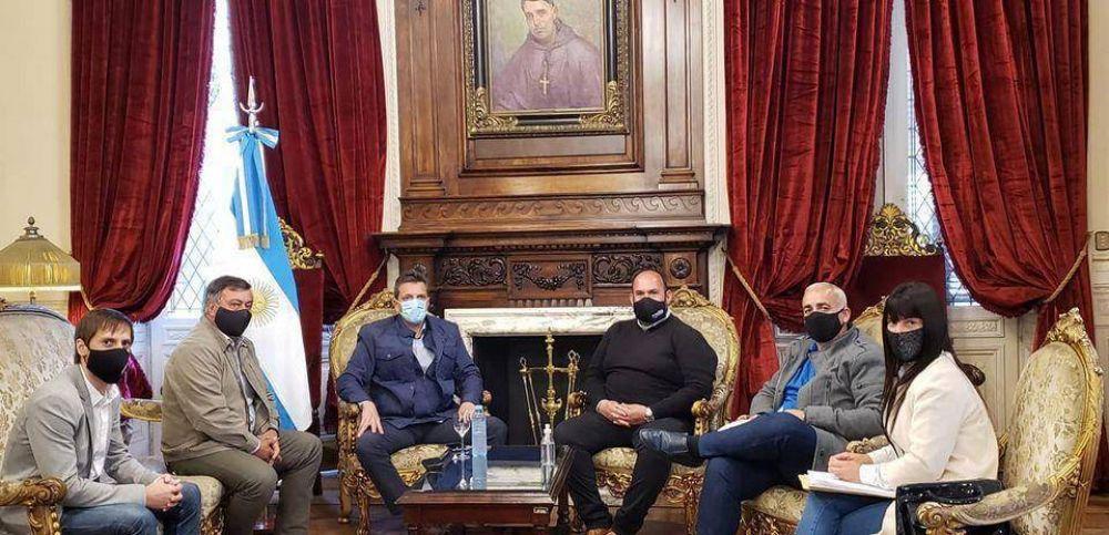 El intendente Esteban Sanzio se reunió con Sergio Massa en el Congreso de la Nación y afirmó que el próximo año inicia la obra de remodelación de Estación de Trenes