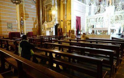 Retoman desde hoy las misas en la Región