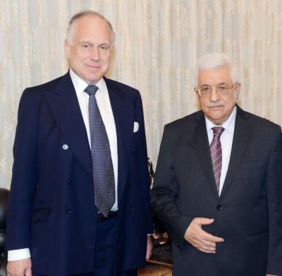 Reunión entre Abbas y el presidente del Congreso Judío Mundial «para discutir una variedad de temas relacionados con Palestina y el Medio Oriente»
