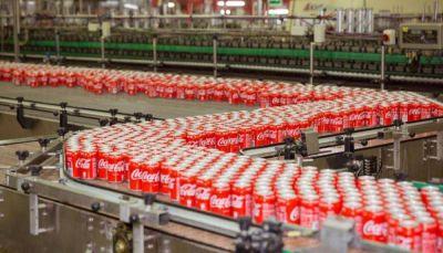 Coca-Cola amenaza el empleo directo e indirecto de casi 600 familias de Málaga con el anuncio de cierre de su planta