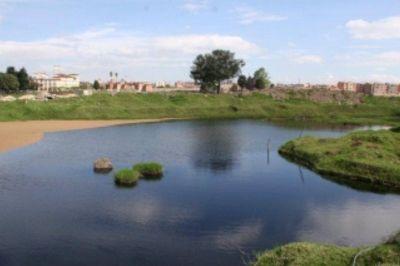 En firme sanción contra Industria Nacional de Gaseosas por verter residuos en el humedal Capellanía
