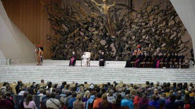 """""""Los Salmos, experiencia del diálogo con Dios"""": el Papa en la catequesis"""