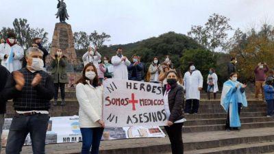 Médicos marcharán el viernes a Casa de Gobierno para exigir mejoras salariales