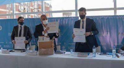 Manzur participó en Buenos Aires del acto licitatorio de la planta de tratamiento cloacal de San Andrés