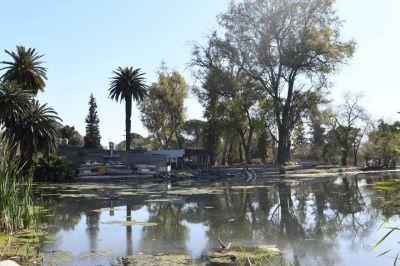 Schiaretti y Llaryora acordaron el saneamiento de la laguna del Parque Sarmiento