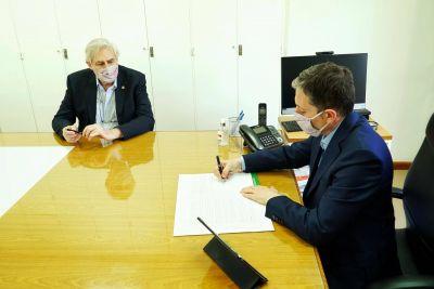 Fernando Gray firmó convenio con la Universidad de Buenos Aires (UBA)