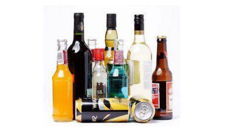 Apuntan contra la venta de alcohol en la noche porteña