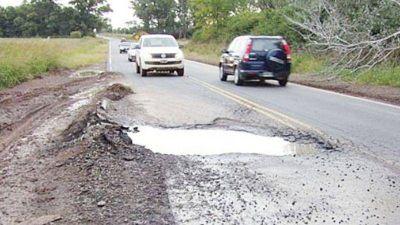 Pilar recibirá fondos para reparación de rutas