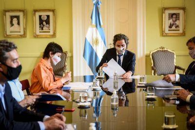 Mayra Mendoza junto a Santiago Cafiero en firma de convenio para avanzar con la digitalización del municipio