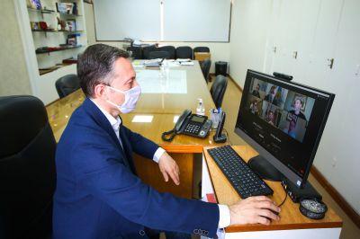 Fernando Gray participó de videoconferencia de la Coordinación de Autoridades Locales de América Latina