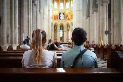Aumentan los católicos en todos los continentes excepto Europa