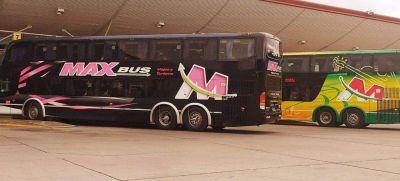 Vuelve el colectivo larga distancia y avión en La Rioja: sin fines turísticos