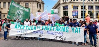 Paraná: Trabajadores municipales reclamaron paritarias