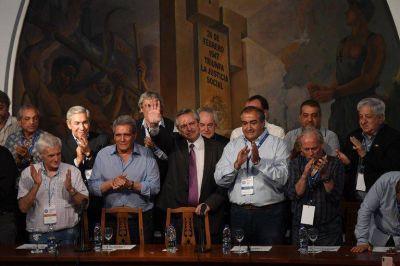 La interna sindical por el 17 de octubre: Alberto Fernández se inclinó por la CGT y obligó a Moyano a organizar su propia demostración de fuerza