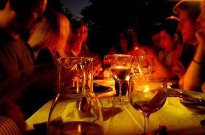 Santa Rosa corta el tránsito para instalar cinco corredores gastronómicos los fines de semana
