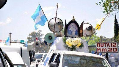 Marcha de los Pueblos : Fieles la siguieron por redes