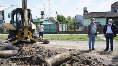 Junto a su equipo, Julio Zamora recorrió obras de revalorización urbana en más puntos de Tigre