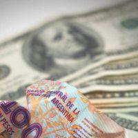 Dólar: aliviarán el cepo para girar a las cuentas del exterior y bajar la presión