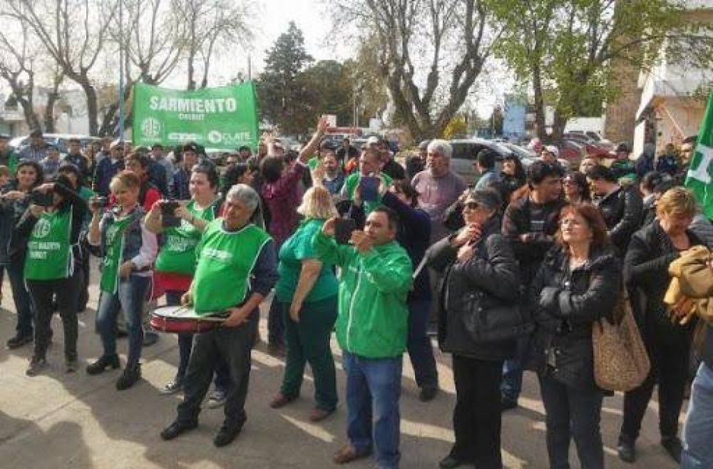 Mesa de Unidad Sindical: guiño para Menna y amenaza de paro general