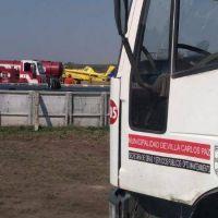 El municipio carlospacense envío sus camiones cisternas a los incendios