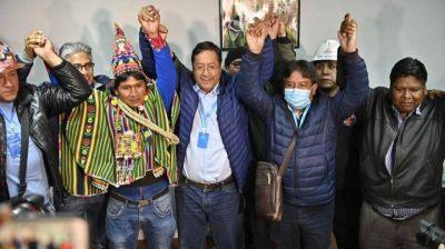 Watson felicitó a Arce y a Evo Morales por el triunfo en las elecciones presidenciales en Bolivia