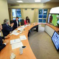 Municipios de pie: Alberto cosechó apoyos en el anuncio que contó con 24 bonaerenses