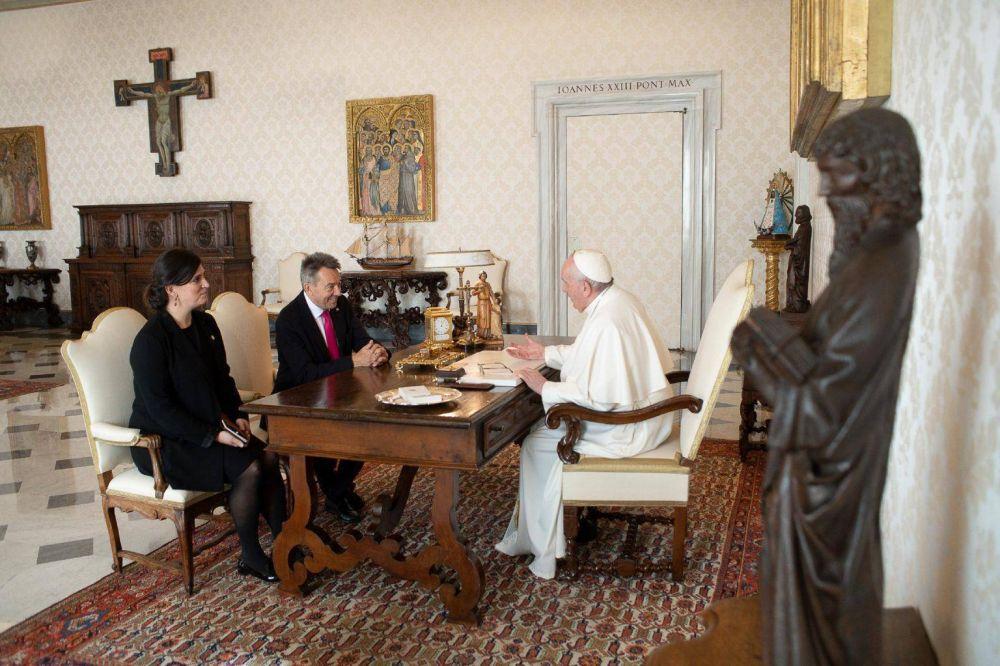 El Papa recibe al presidente de la Cruz Roja