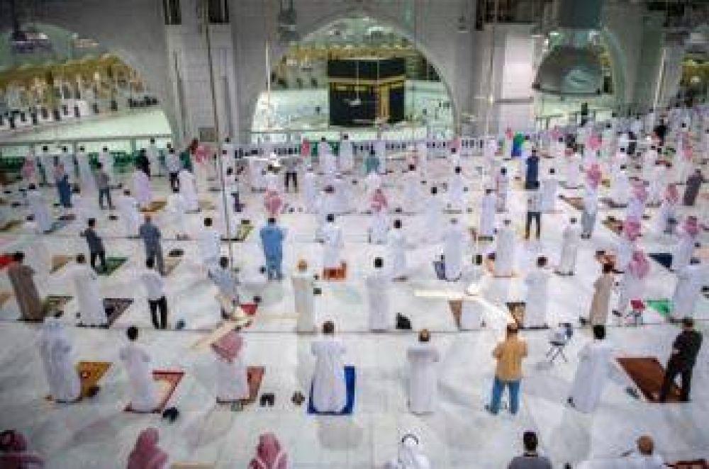 Se reabren las mezquitas de La Meca y Medina tras siete meses de cierre