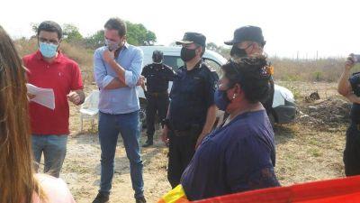 Intentan desalojar a miembros de la comunidad Tusca Pacha de Los Alisos